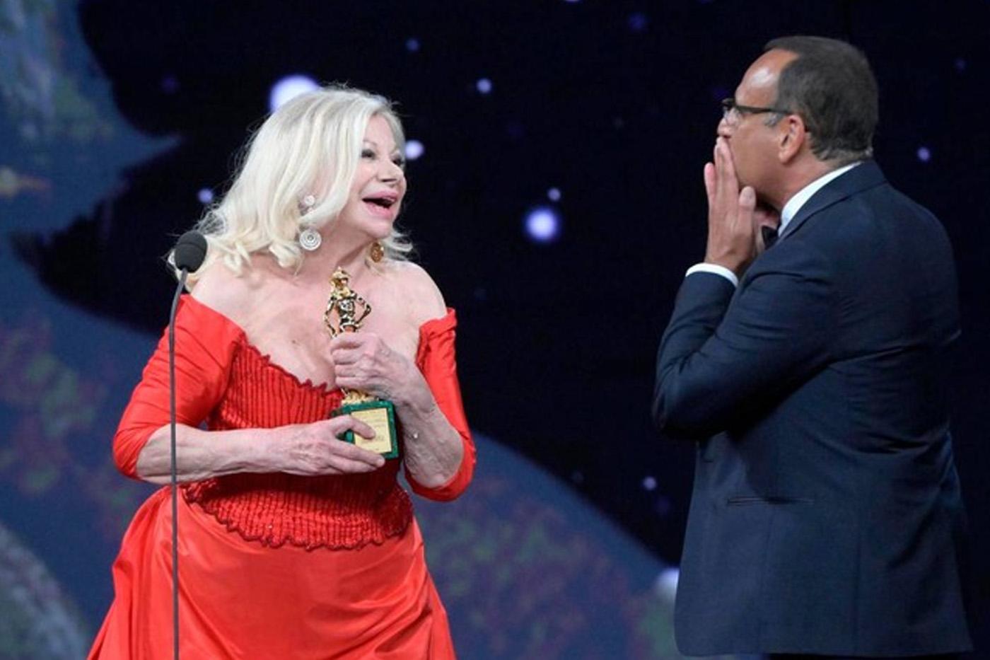 Premiazione di Sandra Milo ai David di Donatello 2021